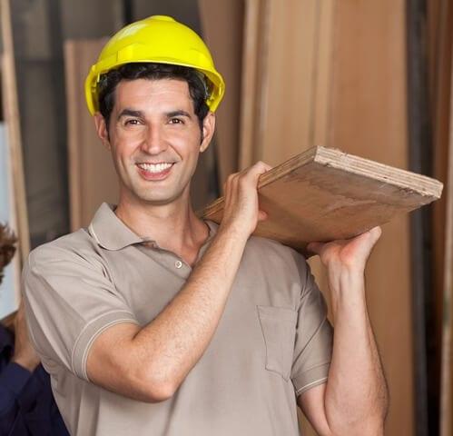 איש מקצוע של עבודות עץ