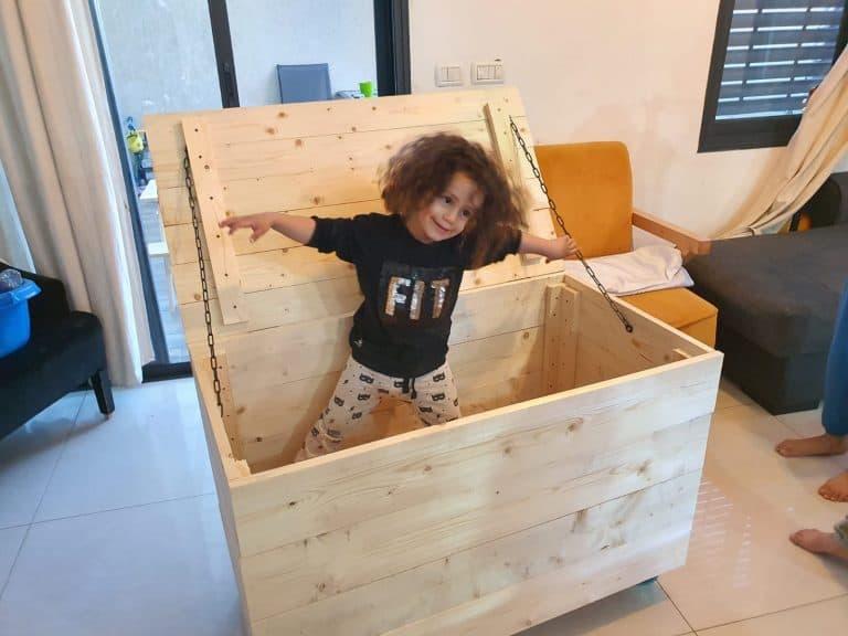 תיבת עץ לילדים